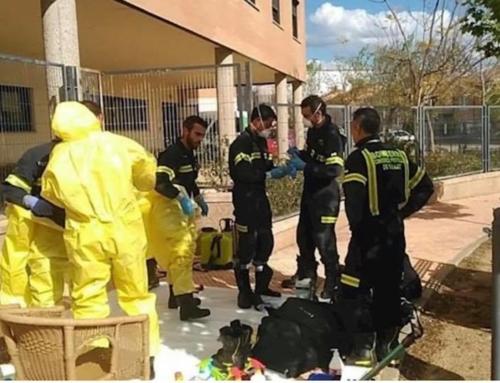 Una treintena de bomberos desesinfectarán residencias de mayores junto a la Brigada 'Extremadura XI'