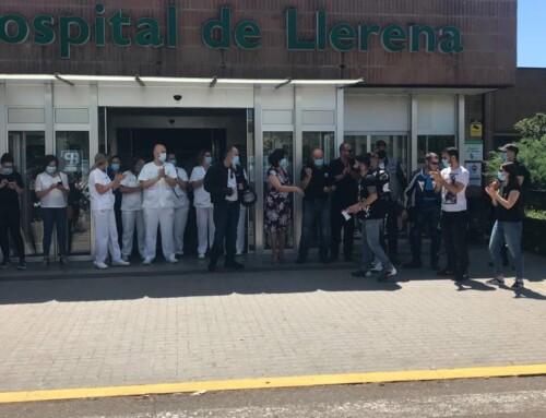 Los moteros de Correcaminos homenajean a los sanitarios del Área de Salud Llerena-Zafra