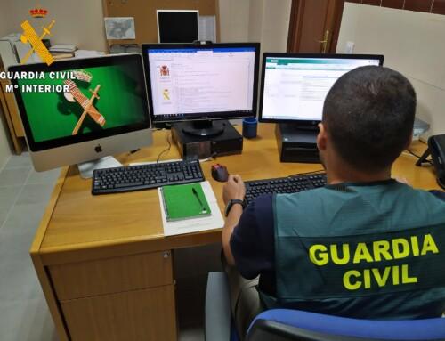 La Guardia Civil detiene a un grupo de ciberdelincuentes por estafar más de 34.000 euros a una empresa agropecuaria pacense.