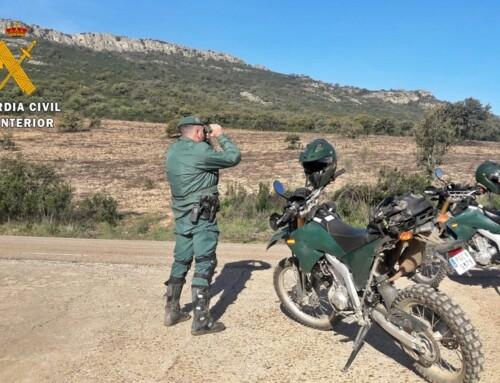 La Guardia Civil denuncia a dieciocho conductores de motos y quads que circulaban por espacios forestales protegidos sin autorización
